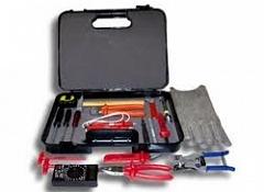 Набор инструментов для определения неисправностей и ремонта электросети автомобиля