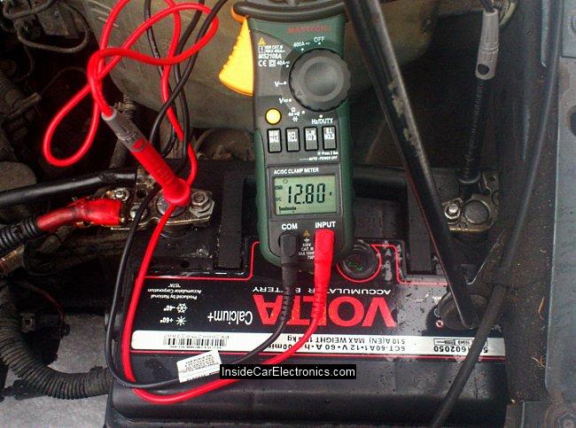 Напряжение на аккумуляторе до старта прогретого двигателя